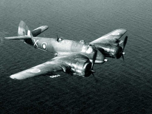 Beaufighter flying